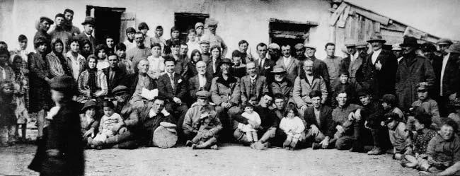 Göç edeli 100 yıl oldu ama Asetinceyi unutmadılar