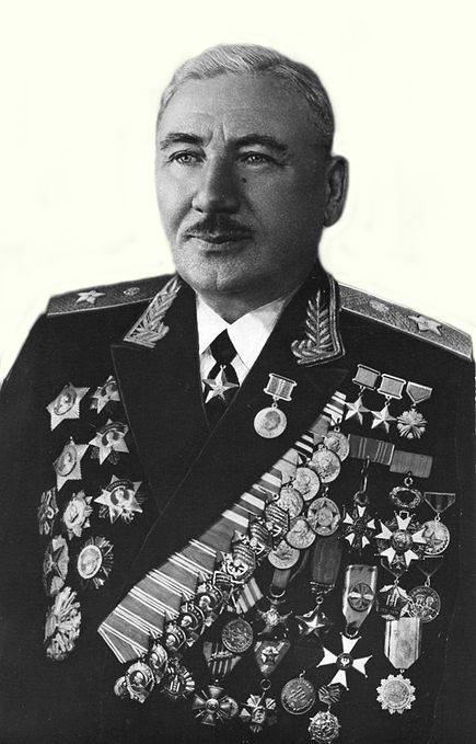 Plitı Yişa (İssa Pliyev)  / Плиты исса (1903-1979)